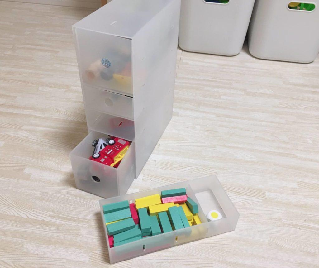 おもちゃ収納棚にポリプロピレン小物収納ボックスを活用