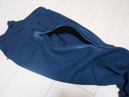 テックフリースジョガーパンツの右ポケット