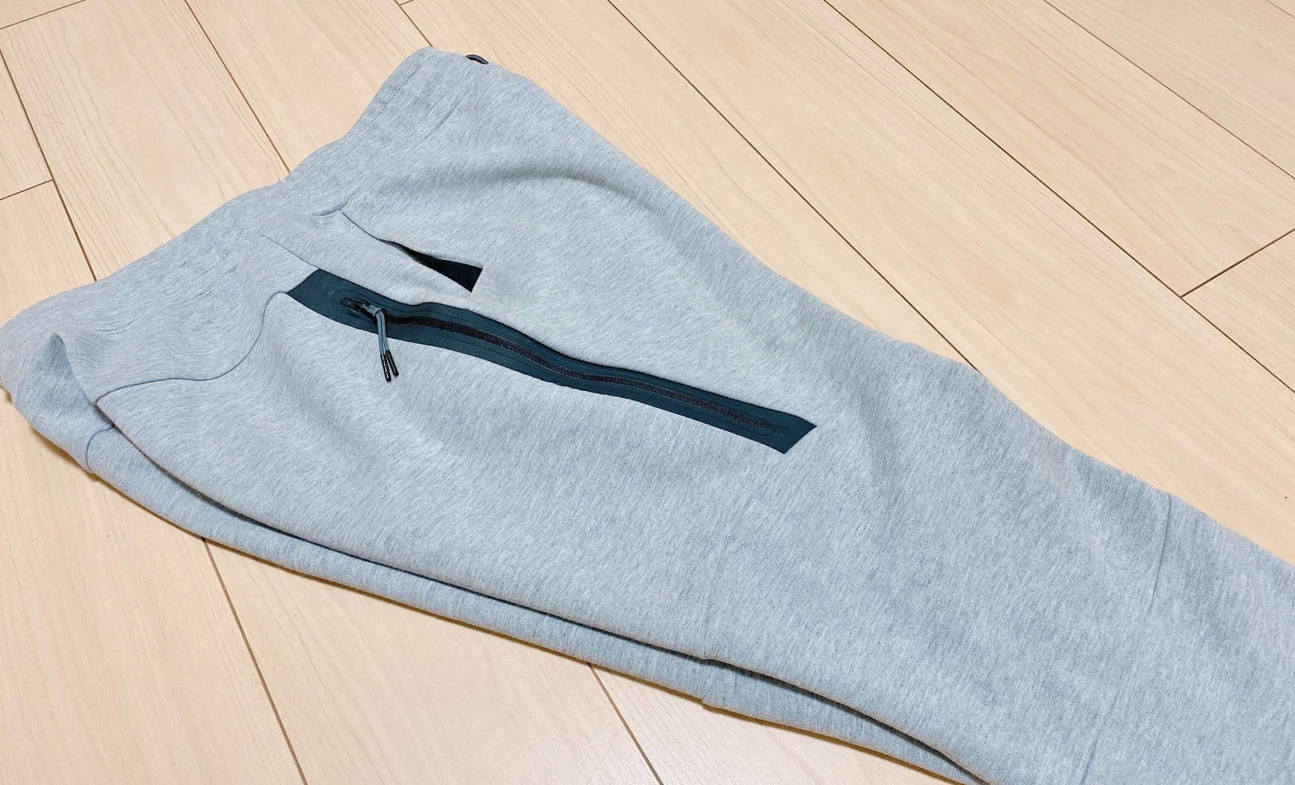 テックフリースジョガーパンツのサイドのジッパー付ポケット