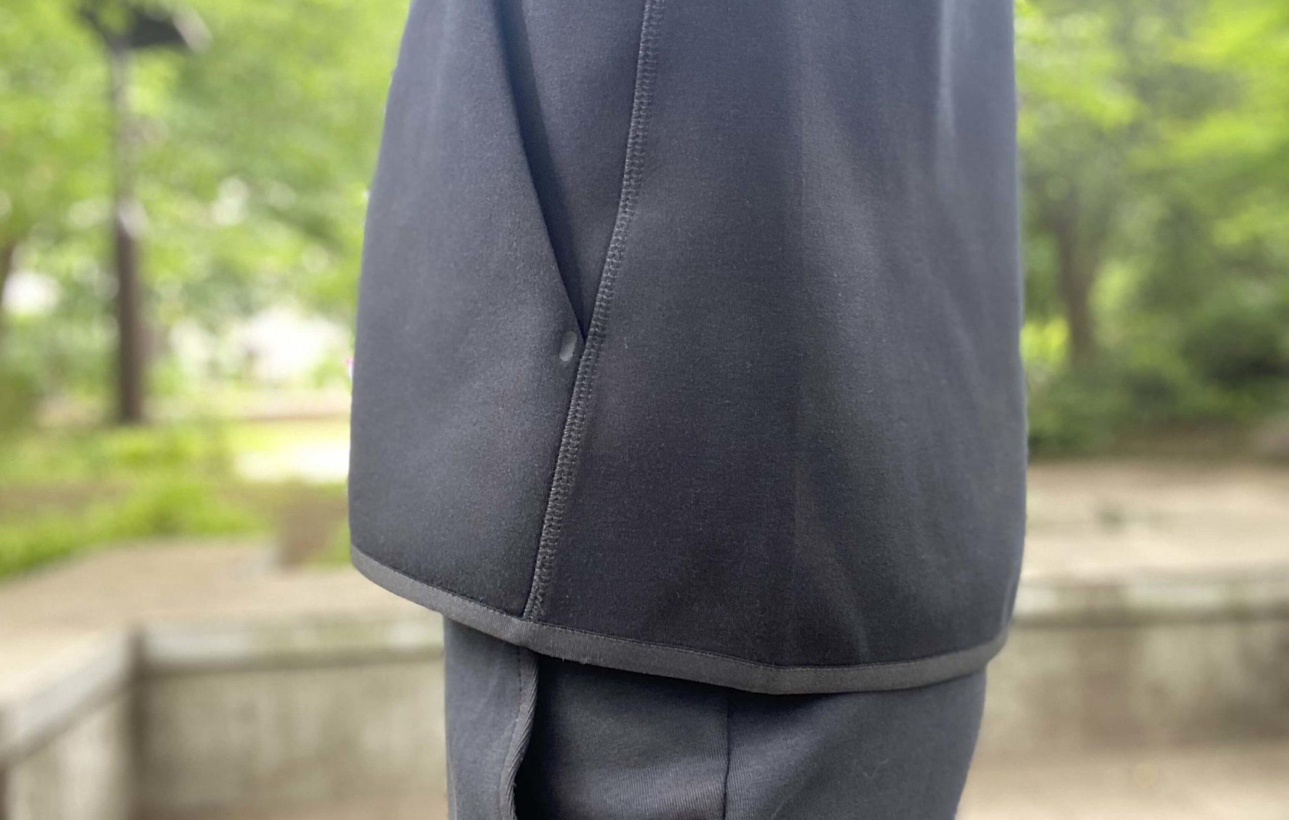 ナイキテックフリースパーカーの裾口部分