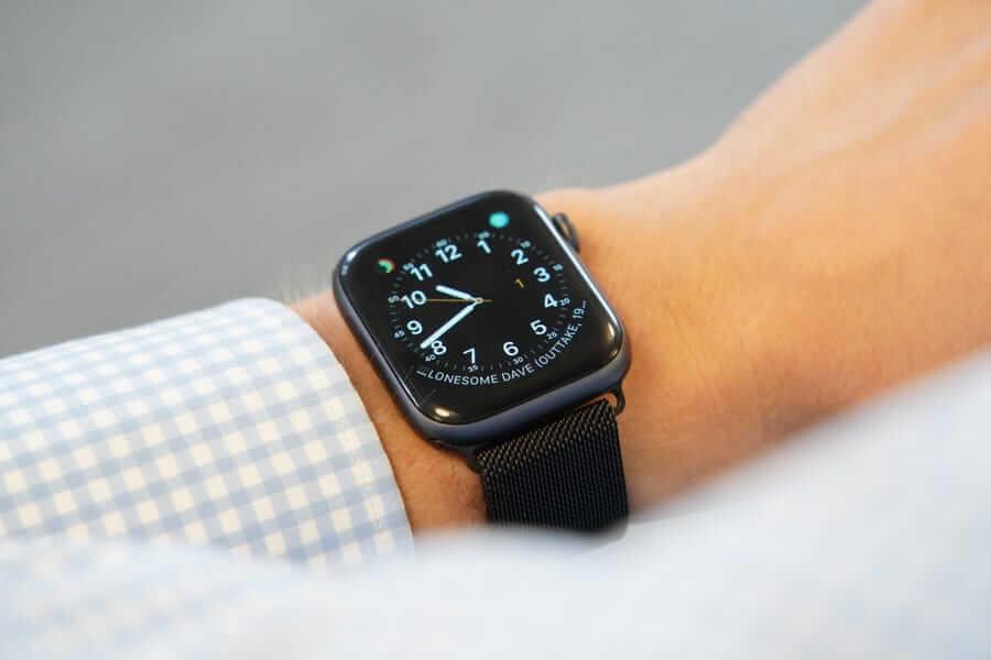 ビジネスに合うApple Watchのメッシュバンドのブラック