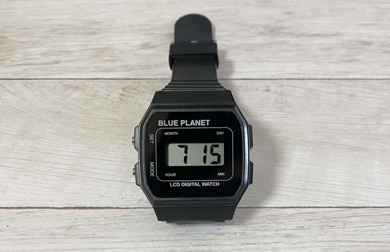 ダイソー腕時計ブループラネットAの月日表示モード
