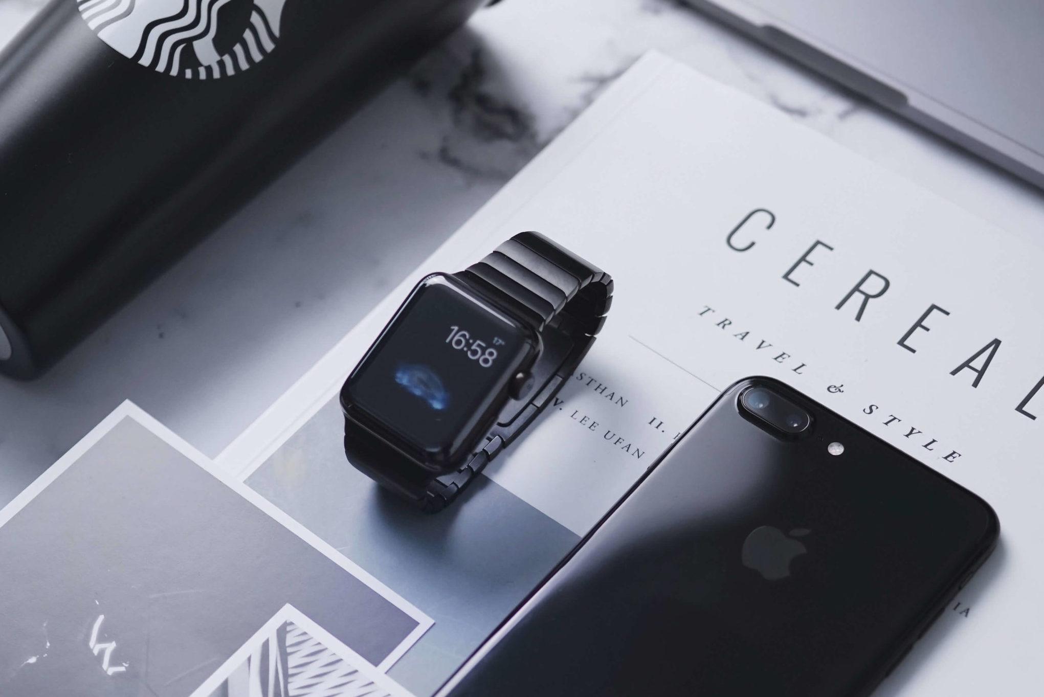 ビジネスで使うApple Watchとその他の機器