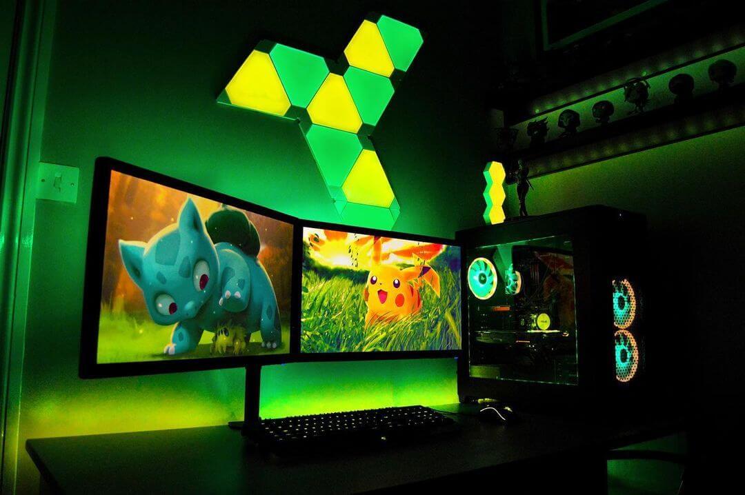 ライトで雰囲気が変わったおしゃれなゲーム部屋