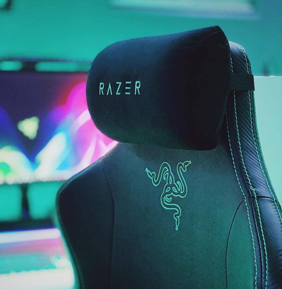 Rrazer Iskurゲーミングチェアのヘッドレスト部分