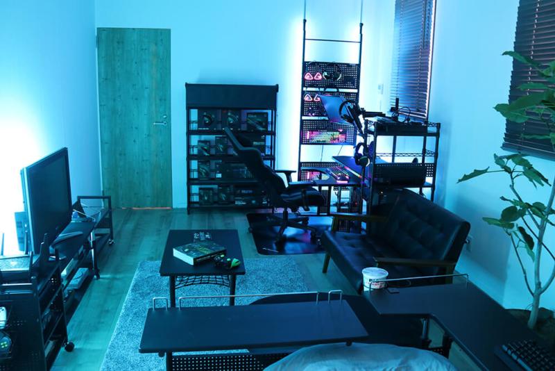 狭いワンルームの一人暮らしのゲーム部屋のレイアウト