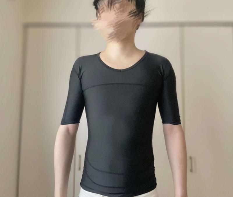 シックスチェンジの加圧シャツをトレーニングで着る