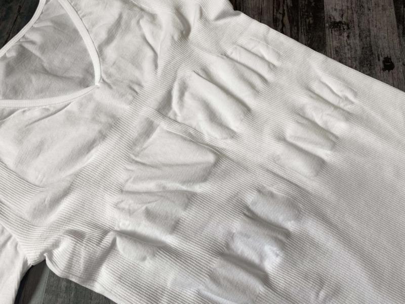 スパルタックス加圧シャツの腹部