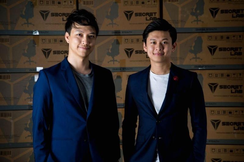 Secretlabゲーミングチェアの創設者のIan AngとAlaric Choo