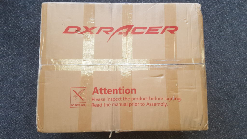 DXRACER Airの梱包